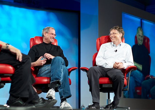 640px-Steve_Jobs_and_Bill_Gates_522695099.jpg